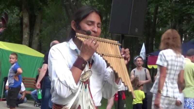 Дыхание перехватывает Безумно красивое исполнение En Aranjuez con tu Amor ~Ecuador Spirit Alpa