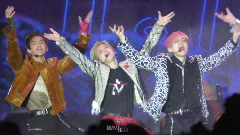 191005 SuperM Live From Capitol Records Jopping_taemin