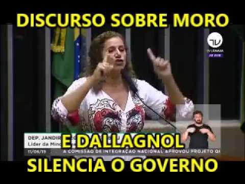 A DEPUTADA JANDIRA FEGHALLI (PC DO B-RJ) PASSA COM O TRATOR SOBRE MORO, DALLAGNOL CIA.