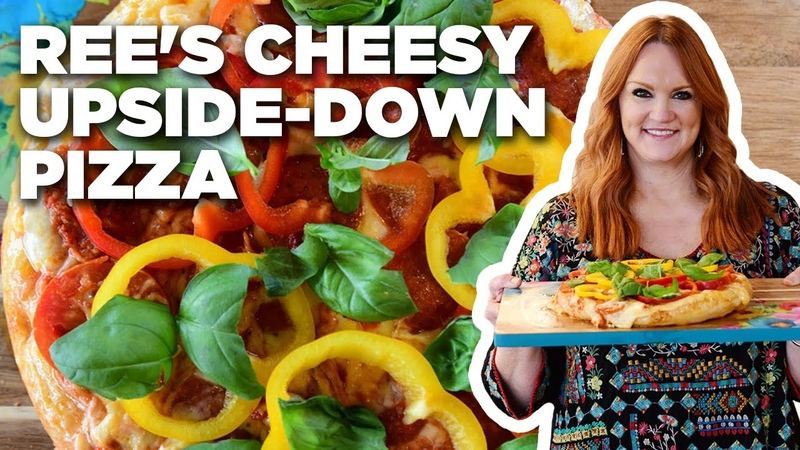 Ree Drummond's Upside Down Red Cheesy Pizza
