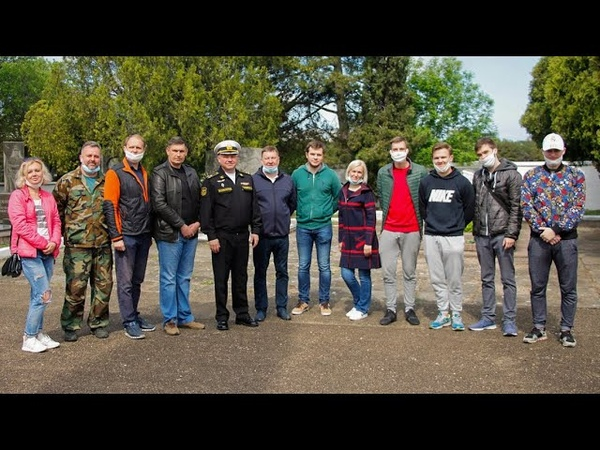 Студенты СевГУ взяли шефство над памятником комбригу Потапову
