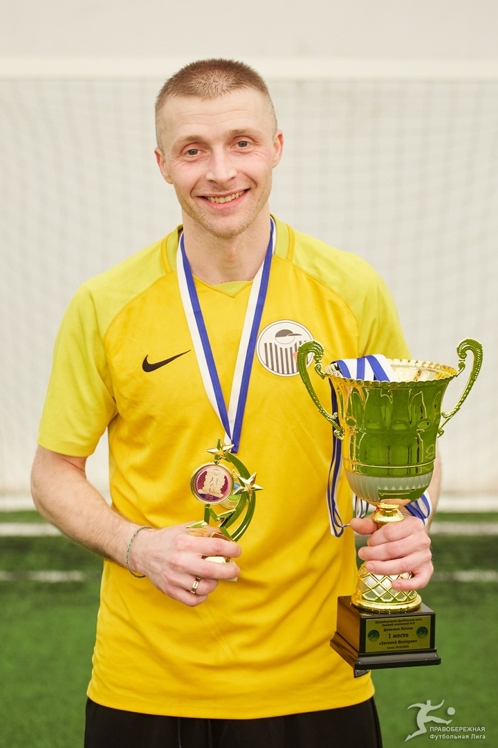 Павел Булгак (Евгений Нестеров) - чемпион дивизиона Жукова.