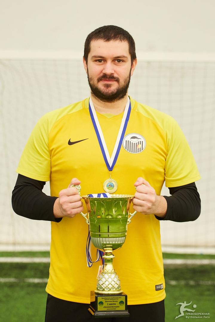 Кирилл Беляков (Евгений Нестеров) - чемпион дивизиона Жукова.