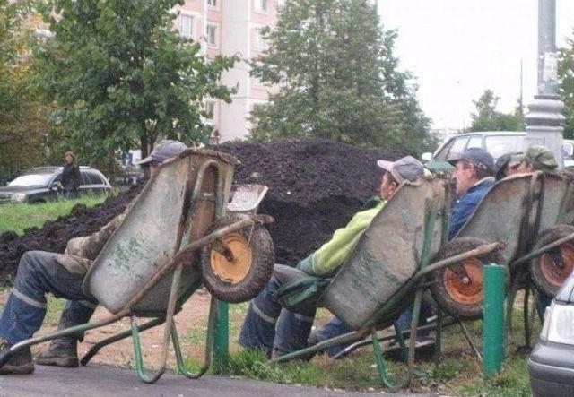 У строителей перекур.