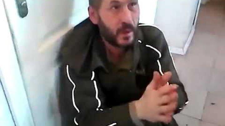 Гражданская война в Украине: Якут (или бурят) избивает москвича-дезертира ДНР