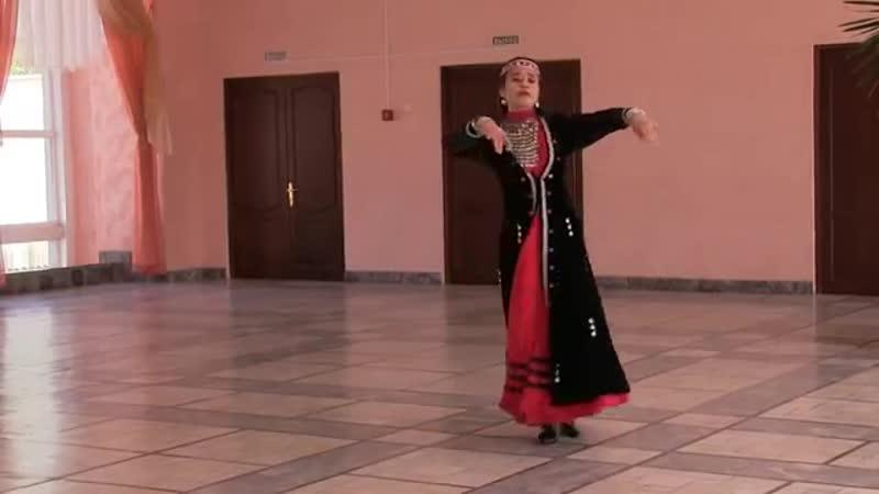 Bashkirskij tanets. Horeografiya Alii Nurmuhametovoj (MosVideos.com)