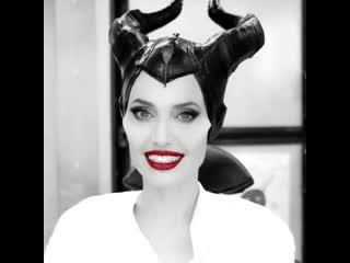 Angelina jolie - #maleficient: mistress of evil! 💄