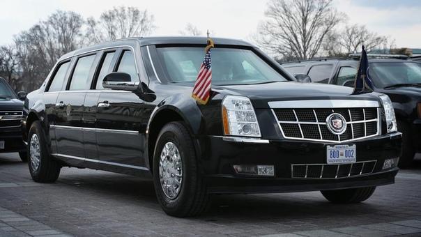ДОРОГУ КОЛЕСНИЦАМ! Кортеж президента США это, одновременно, и самый безопасный, и самый опасный конвой в мире. Фактически, это Белый дом на колесах: в него входят спецназ, машины-«глушилки»,
