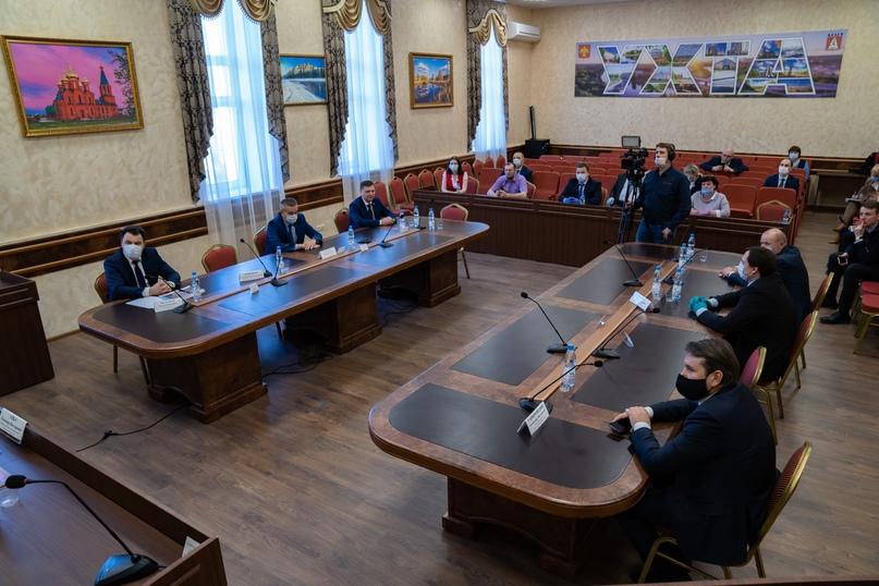 В Ухте с рабочим визитом побывал врио Главы Республики Коми Владимир Уйба, изображение №2