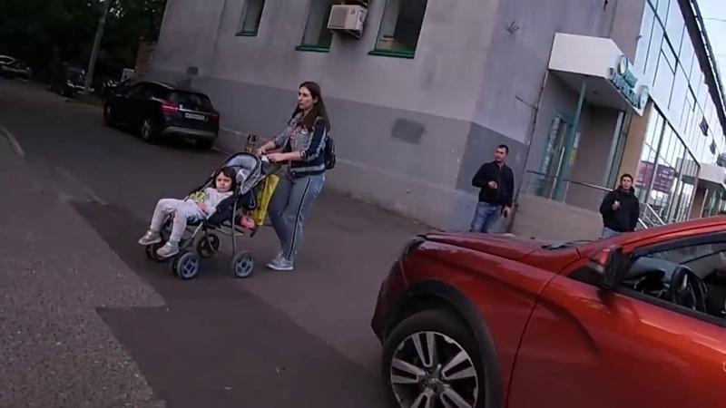 СтопХам Красавица угрожала до последнего Где приспичило там и встал