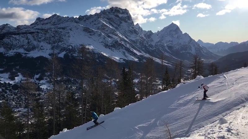 16 Доломитовые Горы в Кортина Италия Dolomites Mountains in Cortina Northern Italy смотреть онлайн без регистрации
