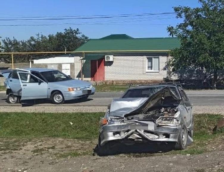 Люди пострадали в результате автоаварий на дорогах Карачаево-Черкесии