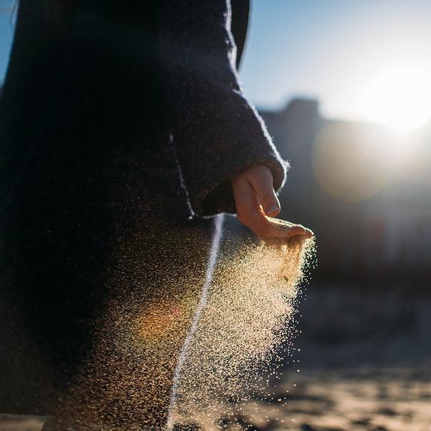 заменить картинки утекает песок большое