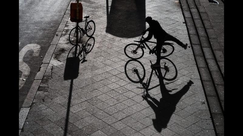 В РИТМЕ ВАЛЬСА (2)... (Фото - Zhenay Karpenko (Берлин), музыка - Saint Preux)