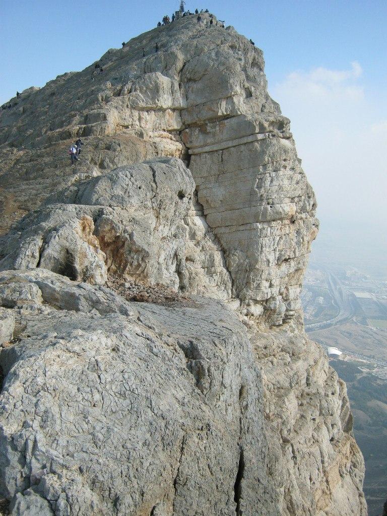 Гора Soffieh на окраине Исфахана