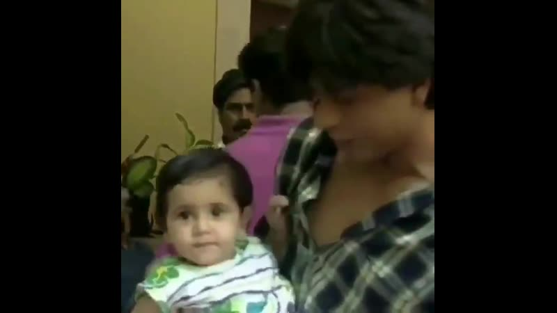 King khan @iamsrk spent some candid moments with lil @aliaa08