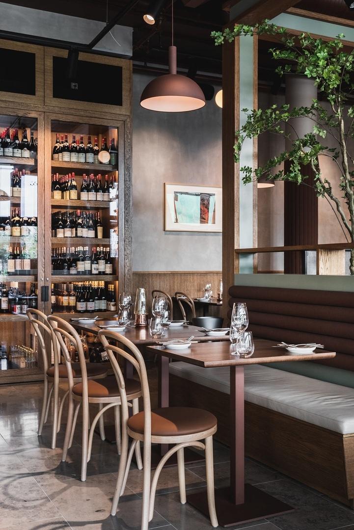 Brasserie Rivoli Restaurant by Radius design