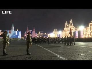 Ночная репетиция Парада Победы в Москве
