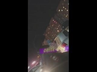 Житель Читы напал на женщину, мужчину и полицейских у ТЦ «Новосити»