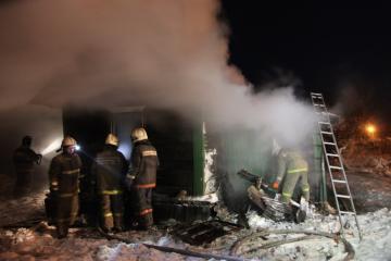 в 02 ч. 36 м. сгорел деревянный сарай, по адресу: ...