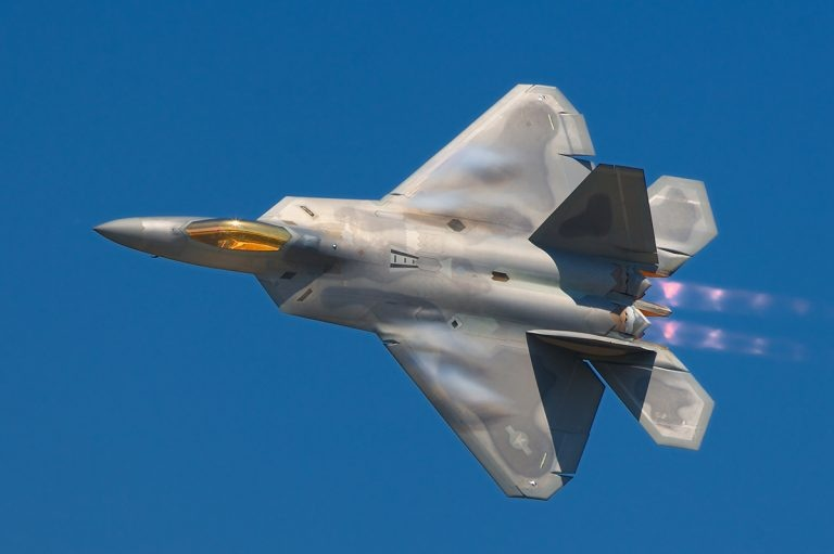 ИСТРЕБИТЕЛЬ ПЯТОГО ПОКОЛЕНИЯ F-22 RAPTOR, изображение №4