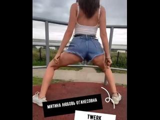 Студия современных танцев Modernization of dance kullanıcısından video