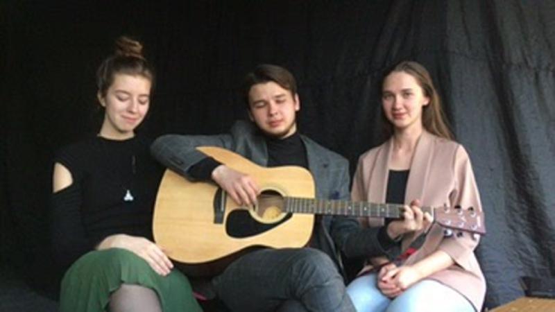 Песня Луч солнца золотого в исполнении Эльдара Носачева Маргариты Королевой и Яны Портновой