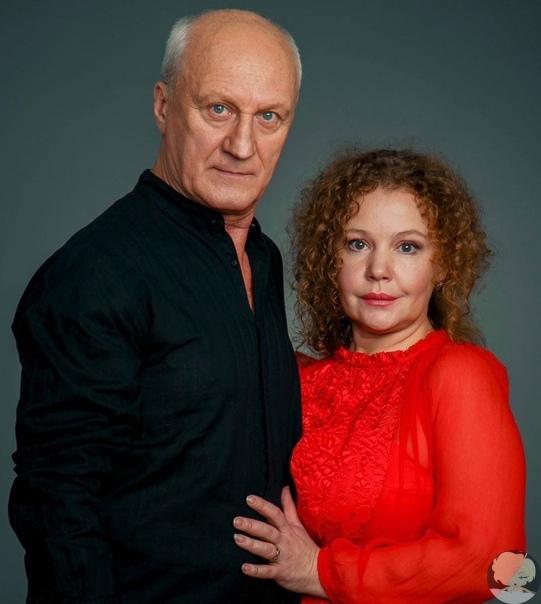 Татьяна Абрамова и Юрий Беляев отмечают 7-ю годовщину свадьбы