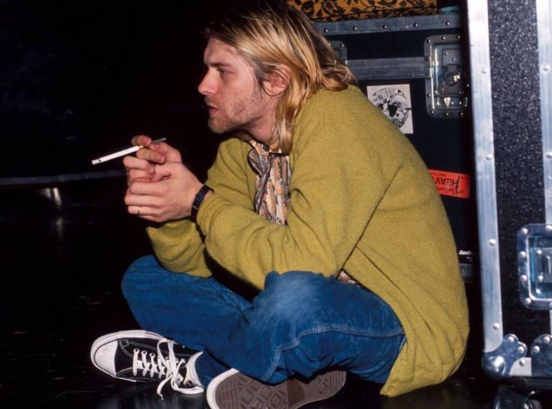 ФБР опубликовало в своей библиотеке документы о смерти Курта Кобейна (Nirvana) в...