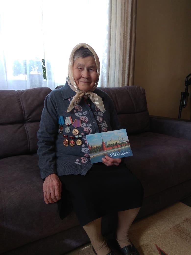 Сегодня свой 90-летний юбилей отмечает можгинка Лебедева