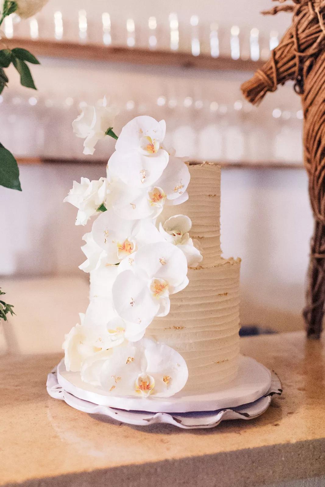 SPNPs0EigPY - Маленькие свадебные торты