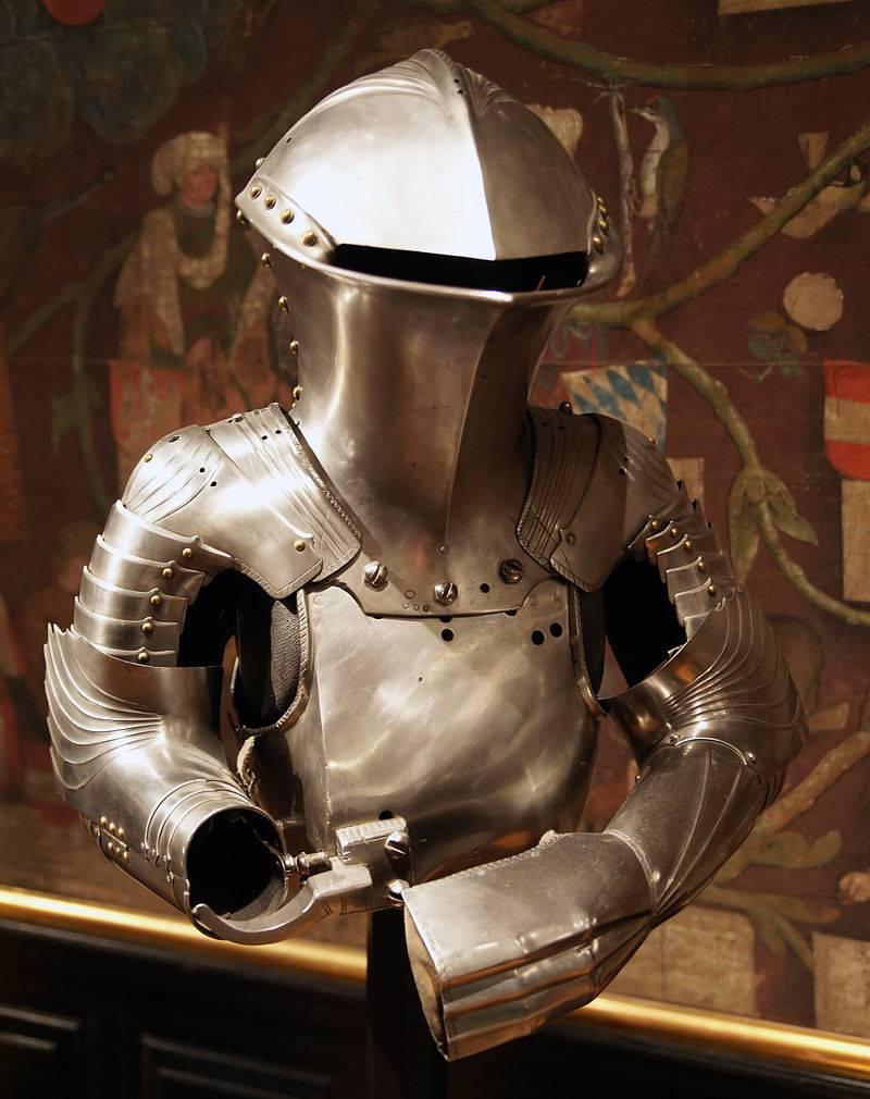 Турнирный доспех штехцойг Максимилиана I со шлемом «жабья голова». Аугсбург, 1494 г.