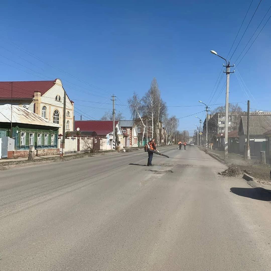 Проезжую часть улицы Советской в Петровске готовят к началу ремонтных работ