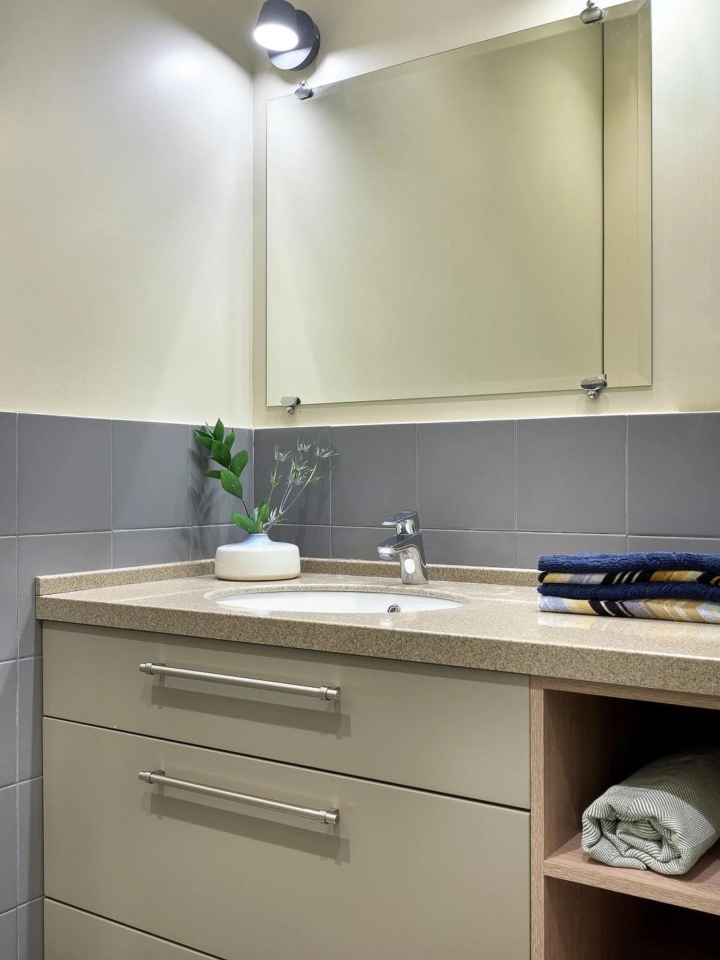 Перепланировка однокомнатной квартиры в студию 43 кв.
