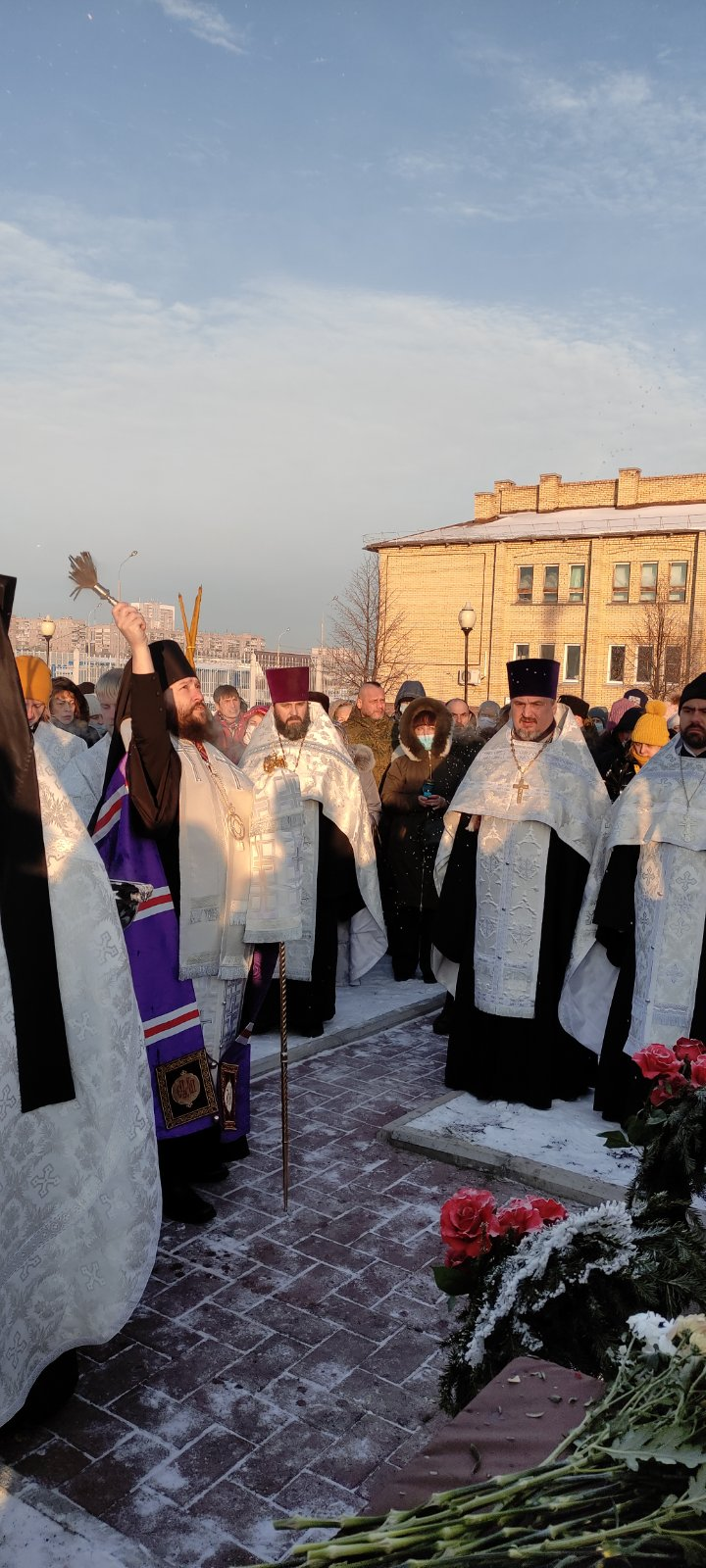 Освящение поклонного креста, изображение №1