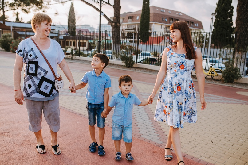Семейная фотосессия в Сочи - Фотограф MaryVish.ru