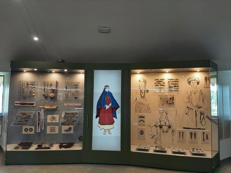 Старая Ладога. Экспонаты музея археологии