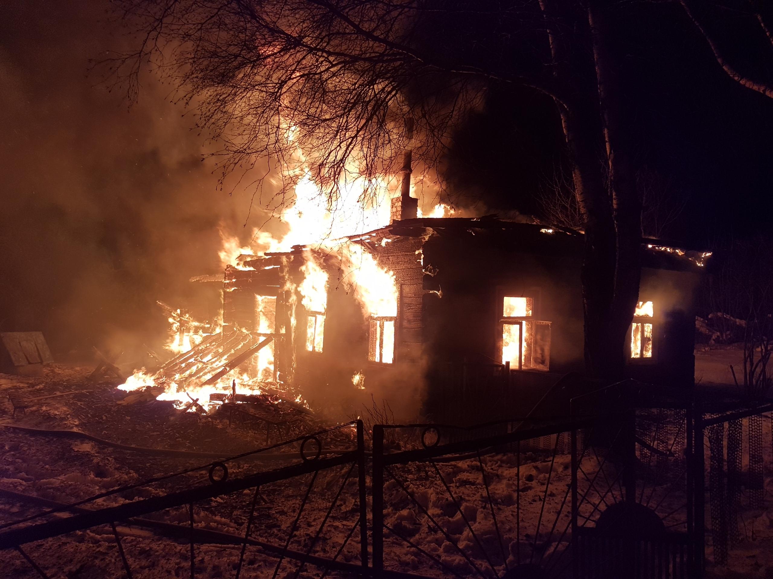 Жилой дом горел в Лидском районе.