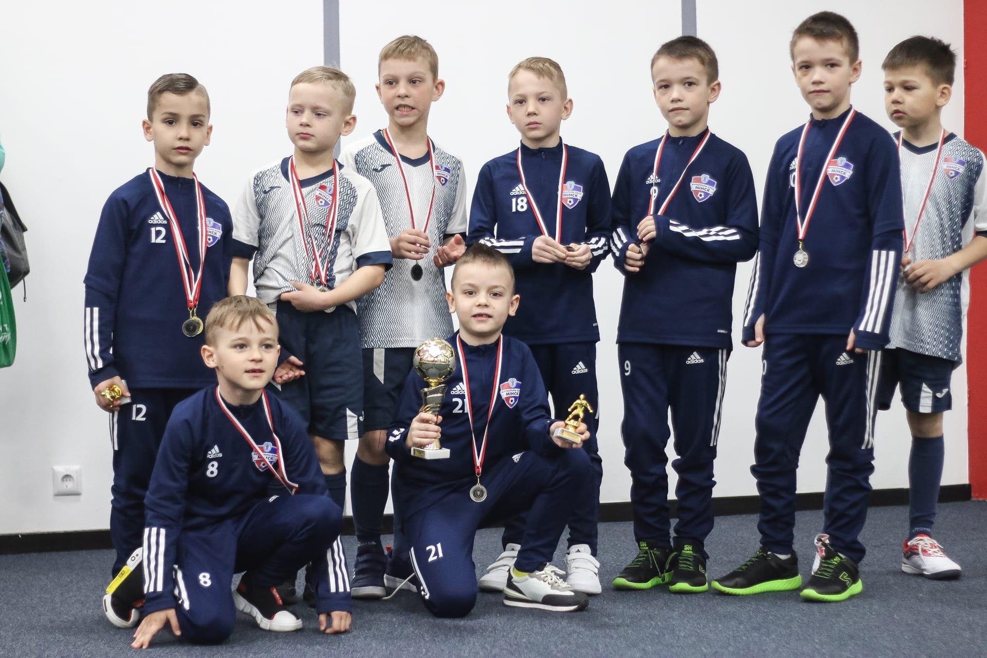 Минск-1 — серебряный призер Премьерлиги Юни 2013
