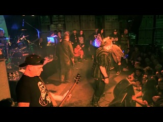 Discharge (Full Set) May 18, 2014 (Black and Blue 2014)   The Well   Brooklyn, NY