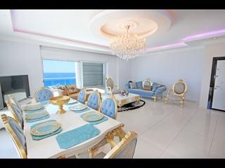 Luxury Penthouse Apartment For Sale in Alanya Mahmutlar