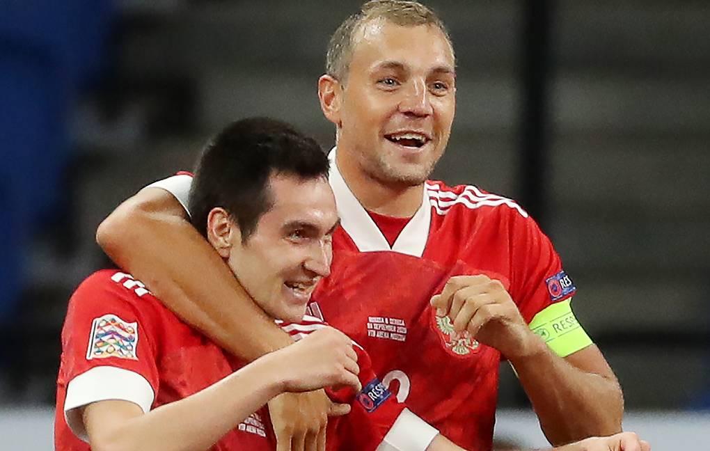 Сборная России - сборная Сербии, 3:1. Артем Дзюба и Вячеслав Караваев