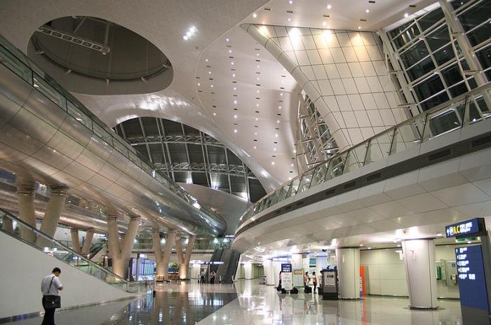5 аэропортов мира, из которых предлагают отправиться на экскурсии, не требуя за них ни копейки, изображение №9