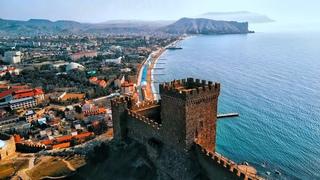 КРЫМ - что с климатом. ЖАРА на улице. Что ВЕСНОЙ посмотреть в Крыму. Судак лучший город для отдыха.