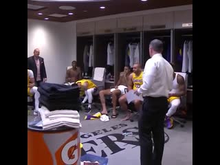 Coach Vogel & the Lakers clapped it up for James after his historic triple-double.